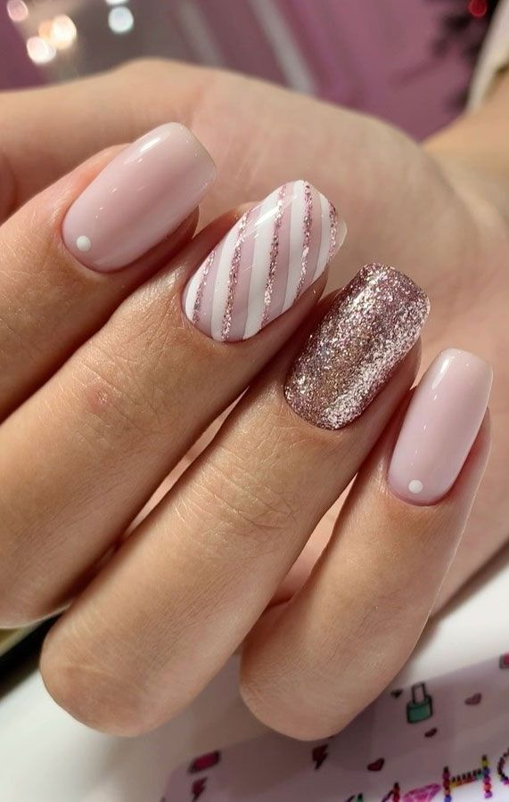 Pretty feminine nail art designs to swoon - page 3 of 20 - Best Acrylic Nails, Ombre Nails, Nail Art Designs, Lipsticks