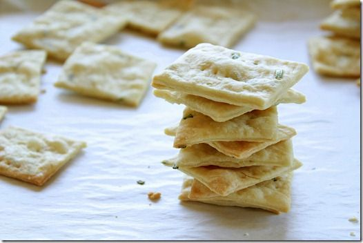 Garlic crackers..so simple and easy @yesiwantcake