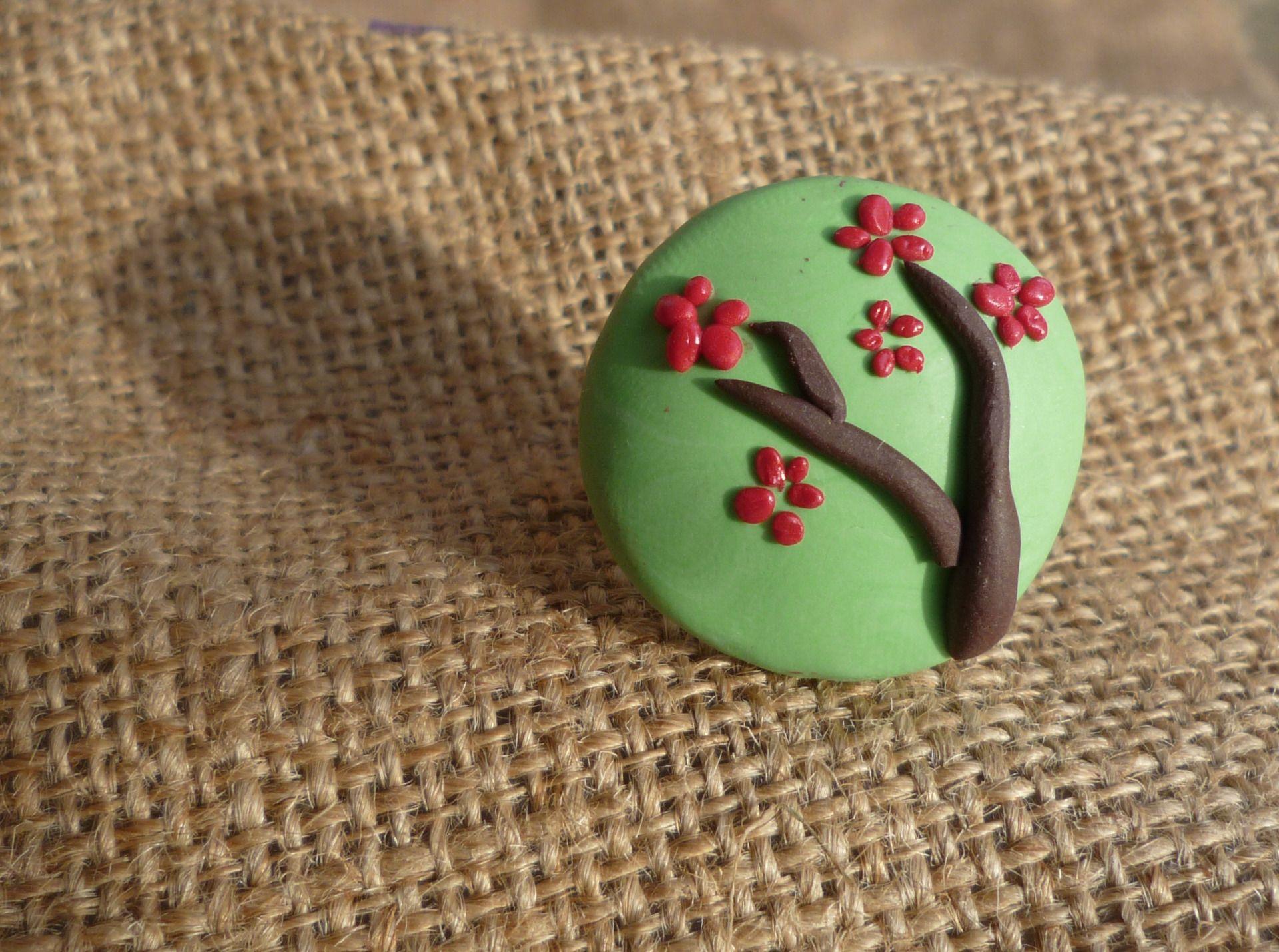 Bague réglable branche de cerisier en fleur : Bague par bleulapin