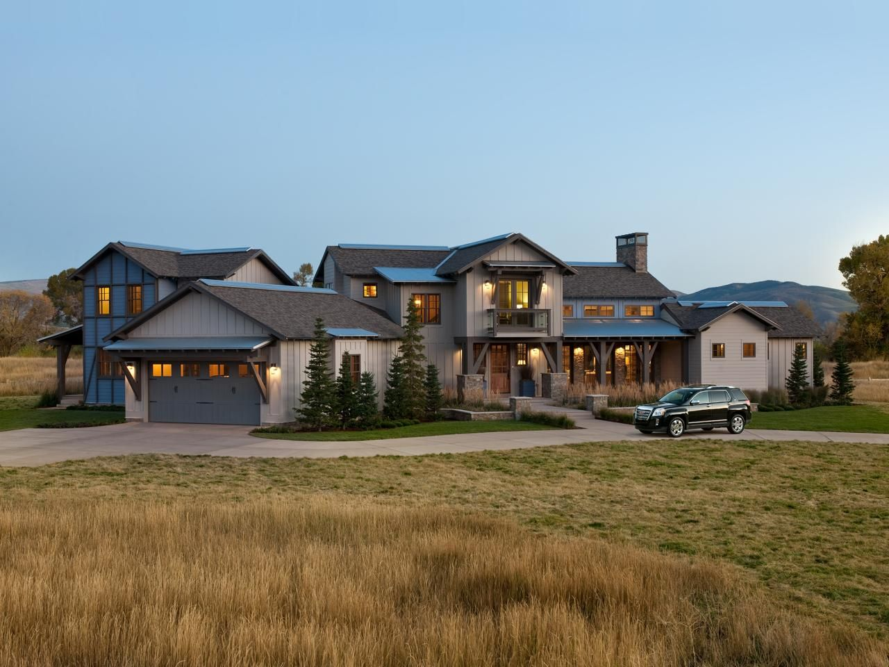 This sprawling rustic-modern ranch home in Utah features meadow ...