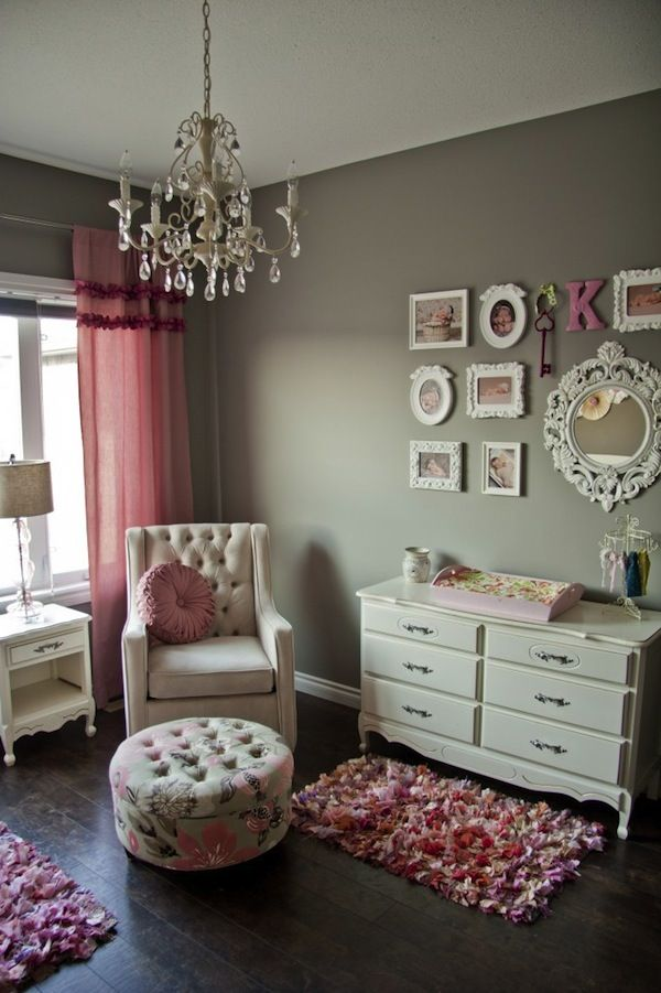All Things Pink \ Girly Nursery Design - Baby Blog - Best Baby Sites - sillones para habitaciones