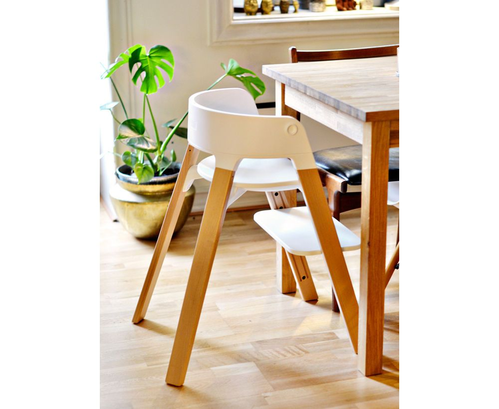 Stokke Steps Chair – Grows with your child up to 10 yrs of age with accessories