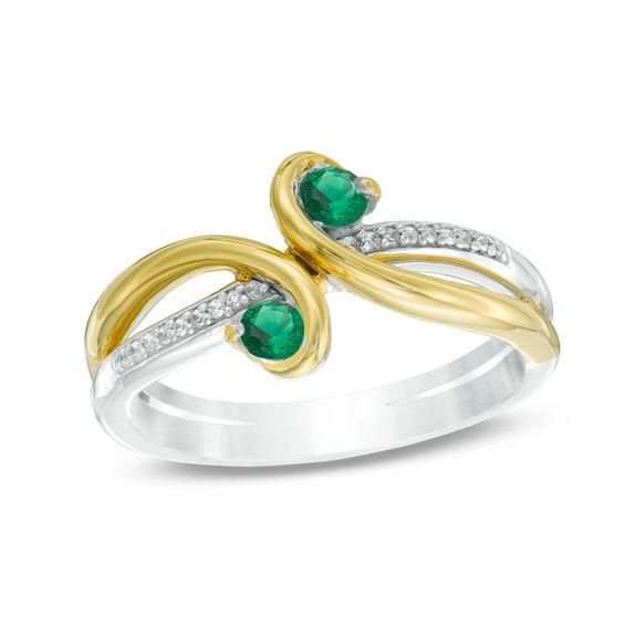 Zales 6.0mm Heart-Shaped Peridot and Diamond Accent Split Shank Ring in 10K Gold iRsos