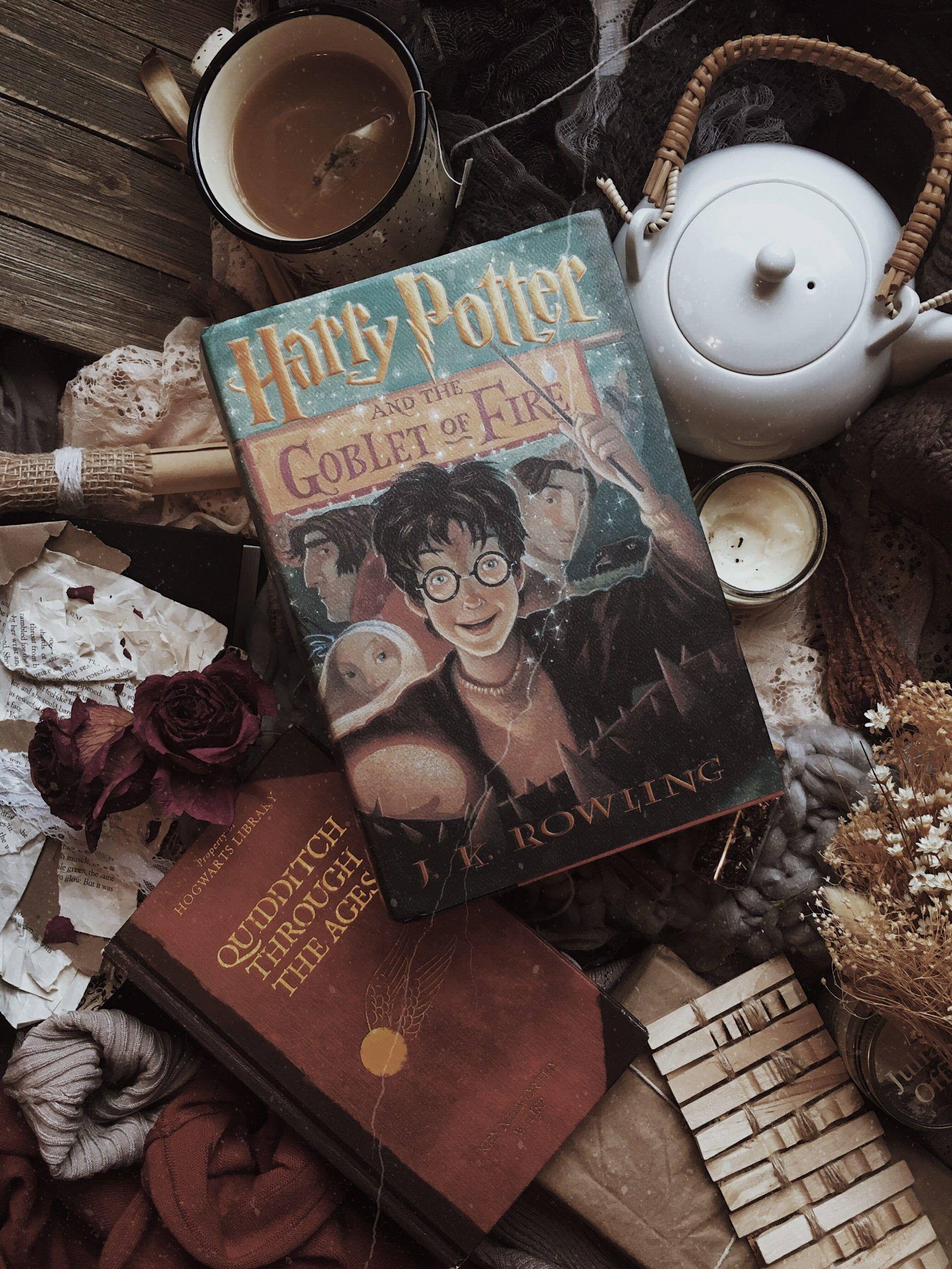 Harry Potter Zeit Fur Einen Weiteren Marathon Cozyday Einen Fur Harry Marathon Harry Potter Asthetik Harry Potter Harry Potter Bildschirmhintergrund