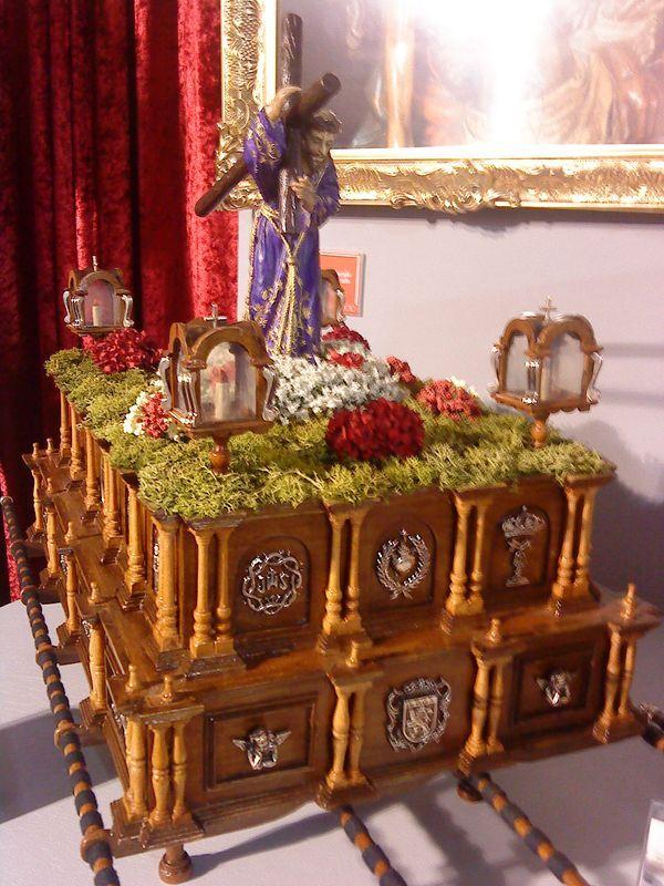 trono en miniatura d