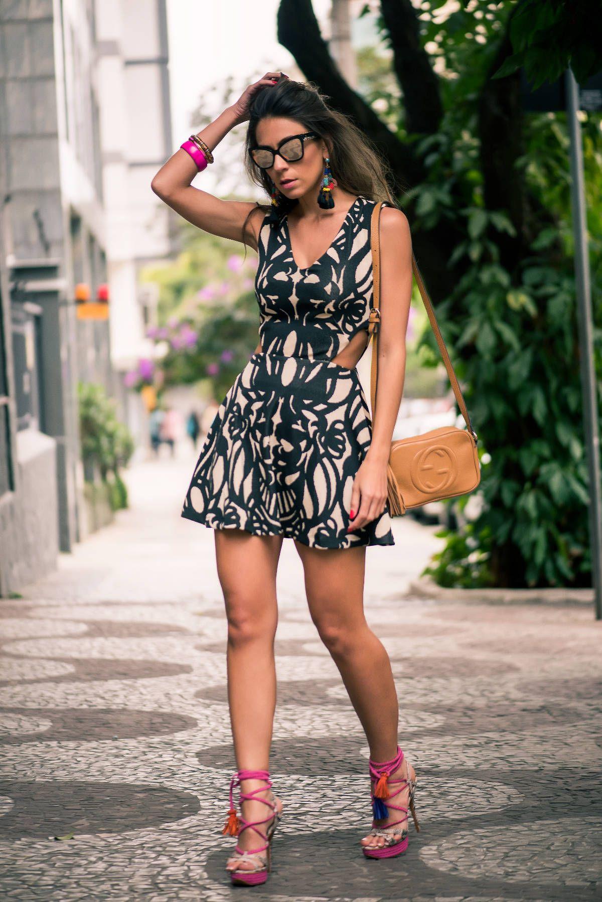 Isabella Paes Verão 2016 Quem me segue no Instagram (segue lá @decoresaltoalto) sabe que na semana passada estive em Belo Horizonte fotografando o verão 2016 da Isabella Paes.. Embora eu já conhecesse um pouquinho da marca pela internet, ainda não havia tido... #blogdemoda #isabellapaes #lookdodia