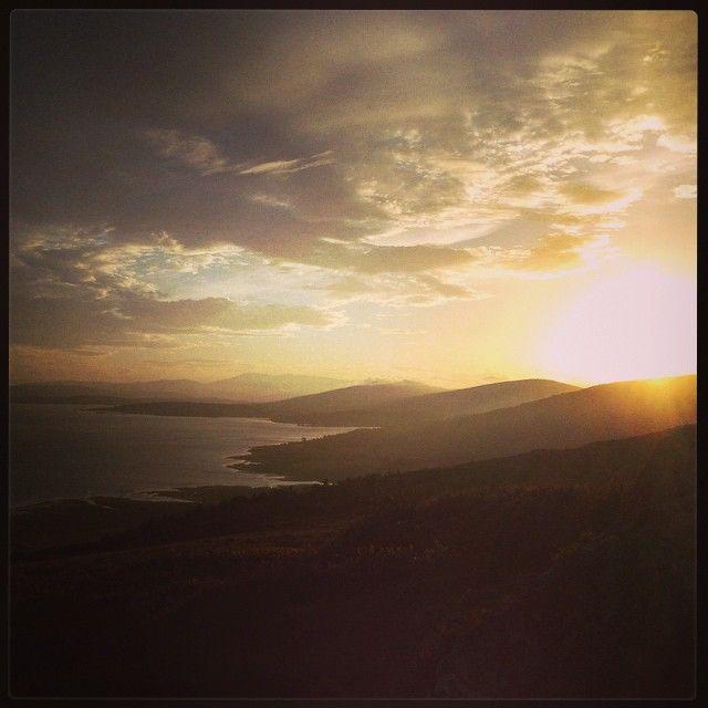 #cantabria #corconte #españa #paisaje #paisajes #sol #sun #clouds #agua #water #mar #sea