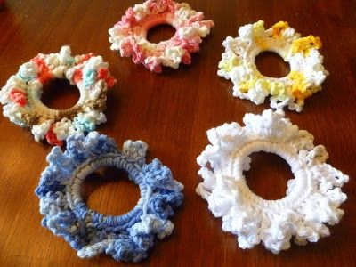 Easy Crochet Scrunchie #crochetscrunchies