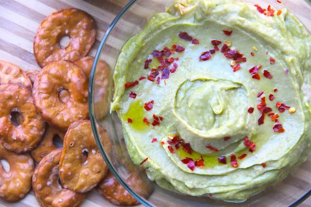 Spicy Avocado Hummus
