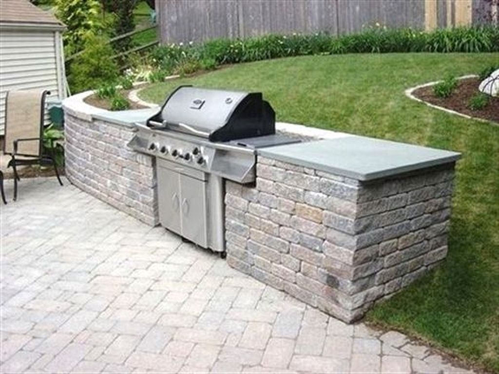 20 Creative Outdoor Kitchens and Grilling Stations