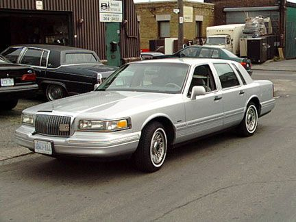 best 10 lincoln town car ideas on pinterest lincoln continental lincoln continental concept and buick riviera