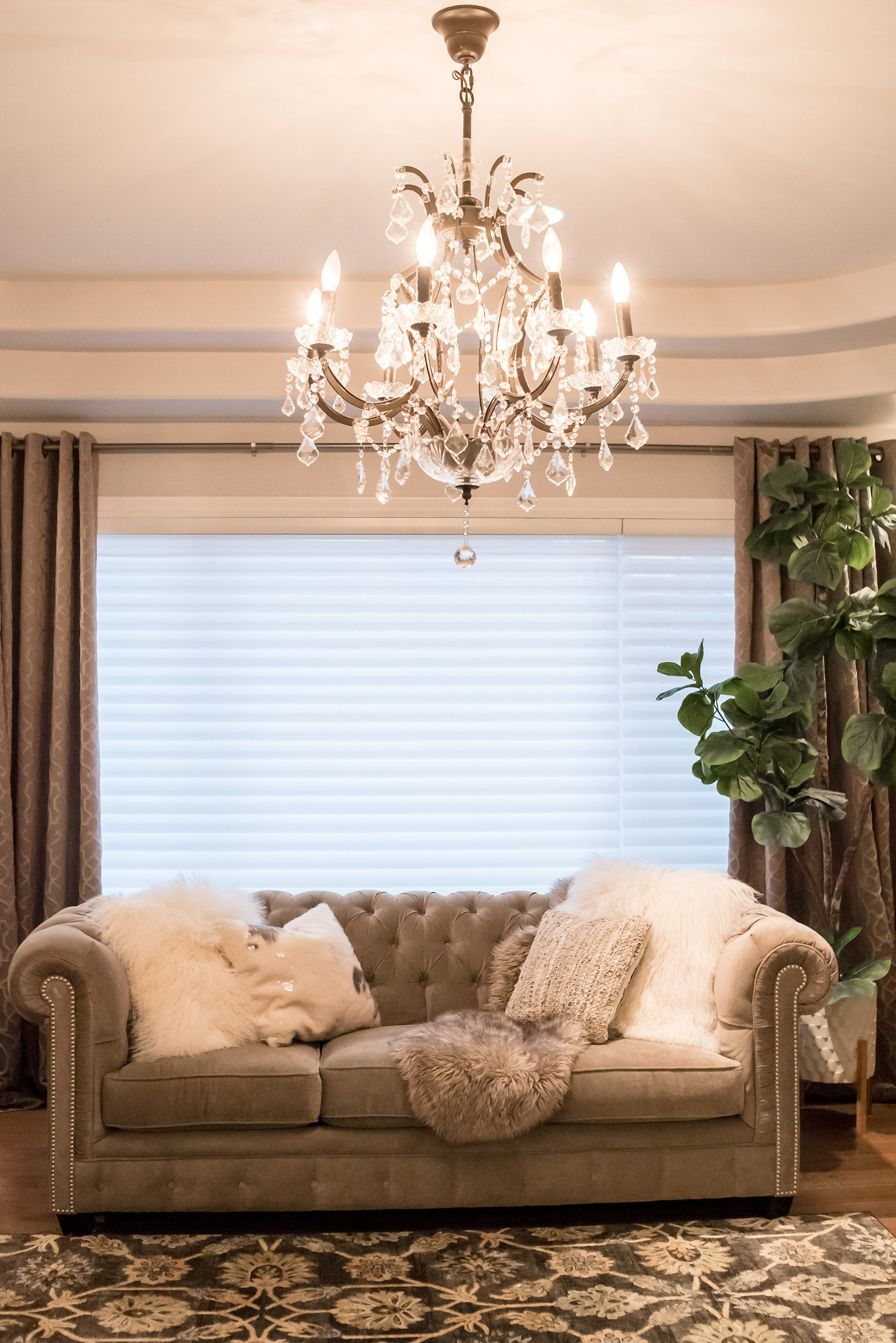 Custom Decor Rest Sofa Made In Canada Showhome Furniture This Amazing Tufted