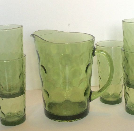 Green Glass Pitcher Hazel Atlas Polka Dot - I only have the pitcher with 2 glasses