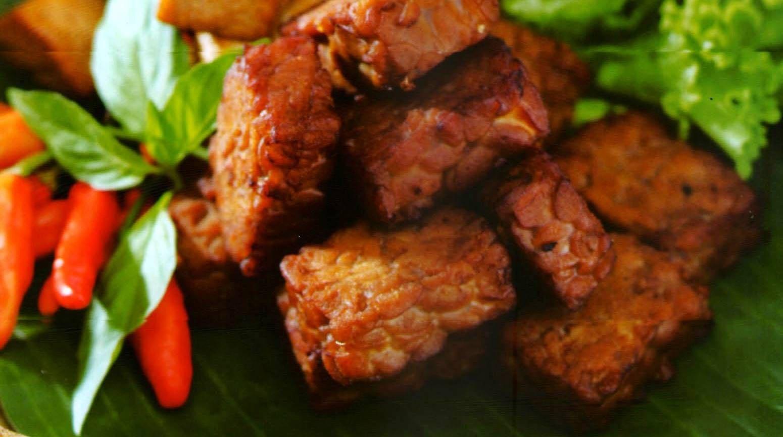 Cara Membuat Tempe Bacem Lembut dan Enak | Masakan indonesia, Masakan, Resep