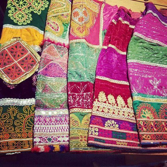 Pakistanais Fait Main Broderie traditionnelle Coussin Couverture Décoration Ethnique