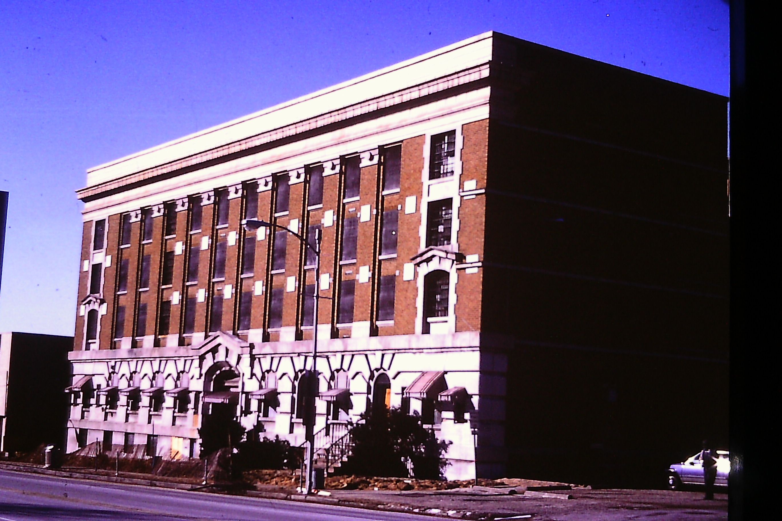 The Old Peoria County Jail Or The Hamilton Hotel Peoria County Jail Old Pictures