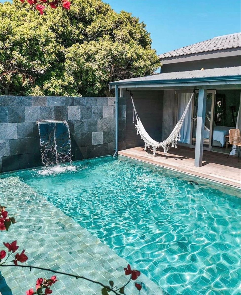Transition From Deck To Pool And Shallow Platform Across Dream Backyard Pool Swimming Pools