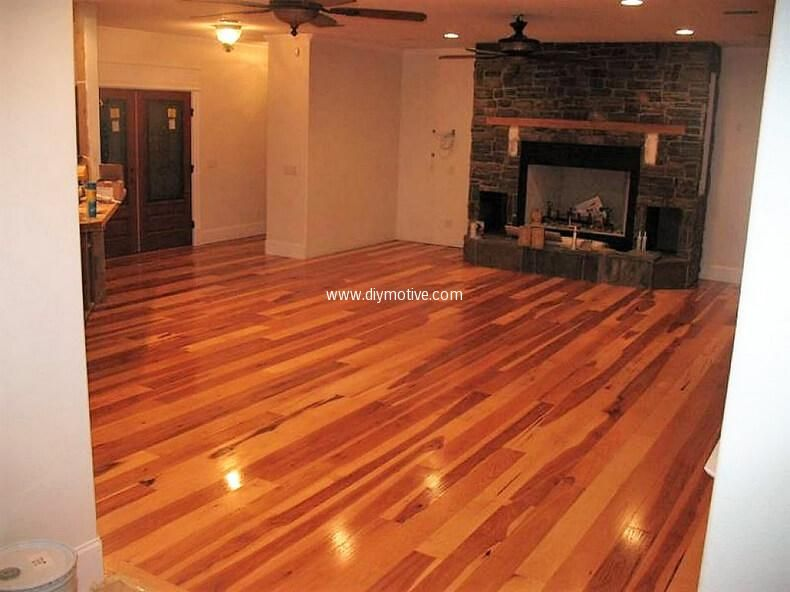 Creative Home Flooring Ideas With Reused Pallets People Think That Pallet Wood Floors Are Suitable For Garages Basements Garden Decks Cellars