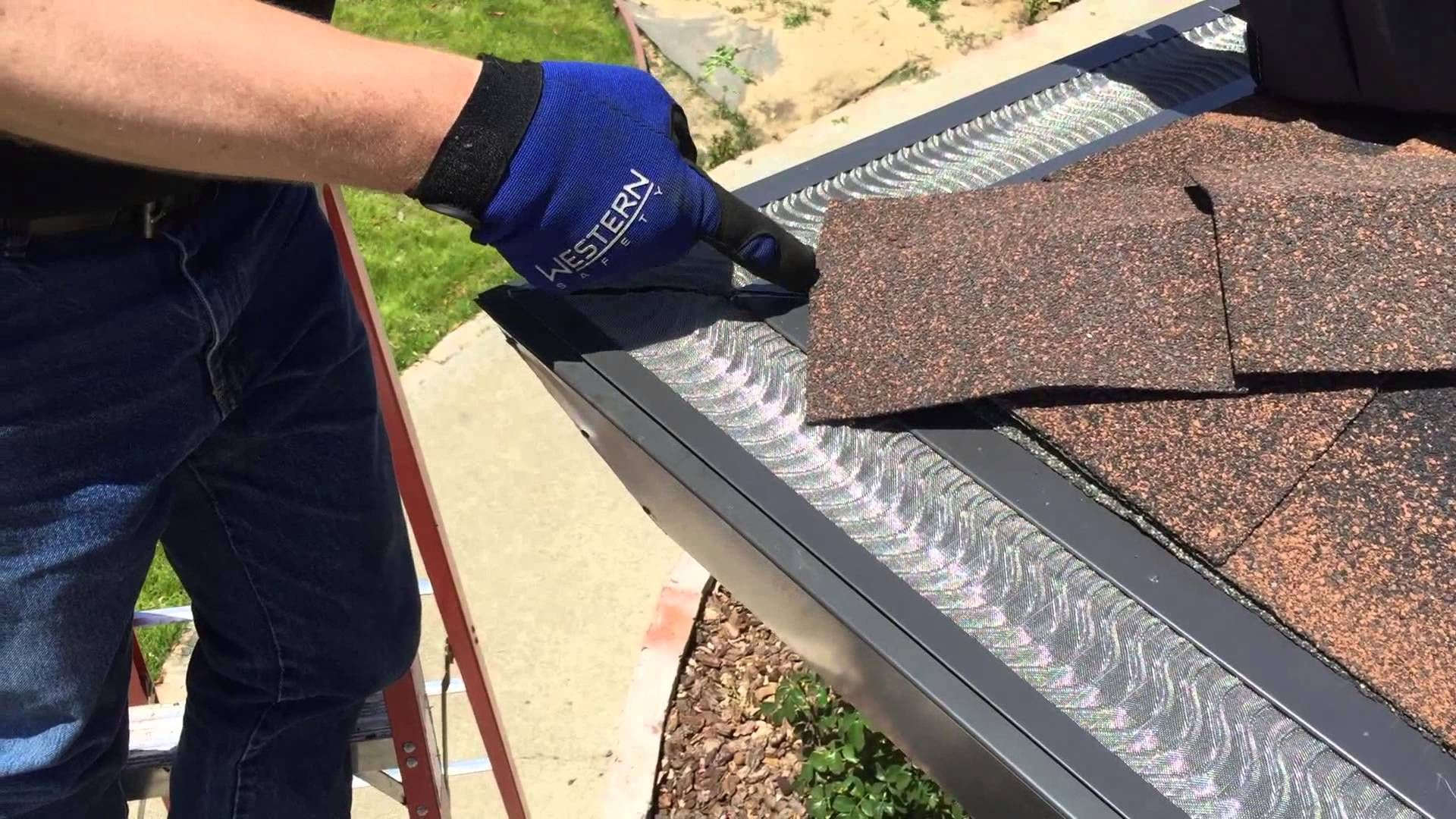 Top 5 Best Gutter Guards 2018 Reviews There S No Doubt That Manually Cleaning Out The Gutters On Your Roof Is No Fun Wh Gutter Guard Gutter Drainage Gutters