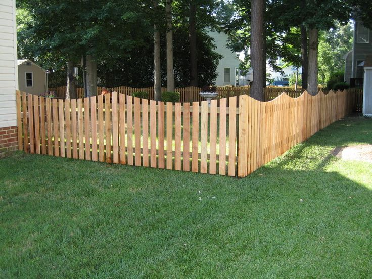 4 Ft Cedar Scalloped Picket Fence Ideas Pinterest Stained To Match The House Start At Front Of House And Run Al Fence Design Wood Fence Backyard Fences