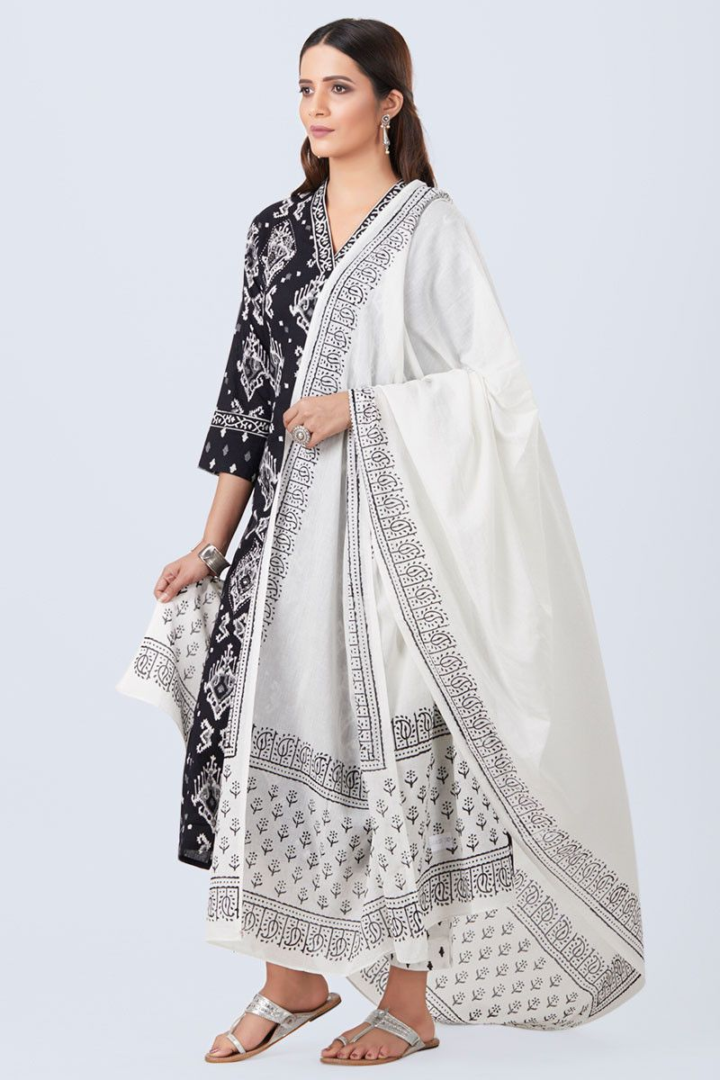 Pin by addi & co on kamiz   Traditional dresses, Salwar ...
