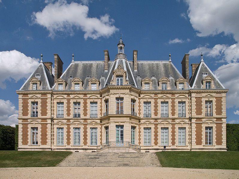 Façade ouest du château de Sceaux.