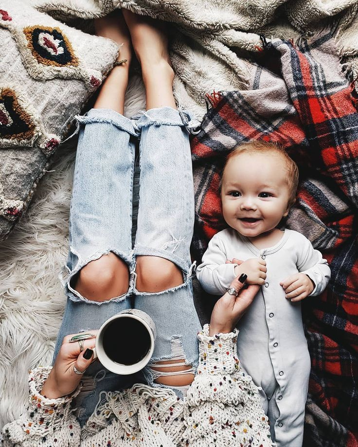 Mommy and me picture Ideas - #Ideas #Mommy #Picture#ideas #mommy #picture
