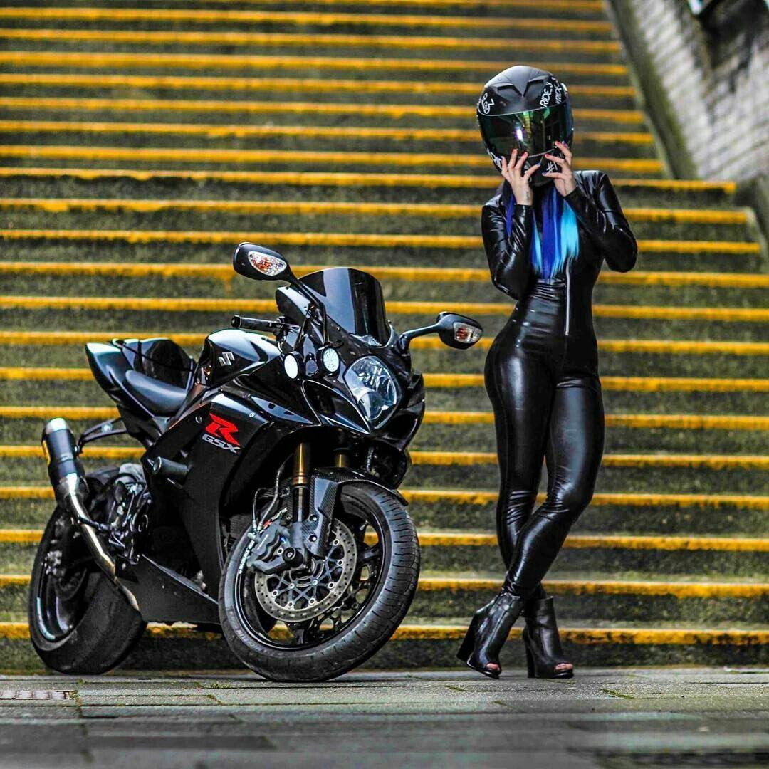 Фото секса девушек на мотоциклах, порно фото супер очень близко