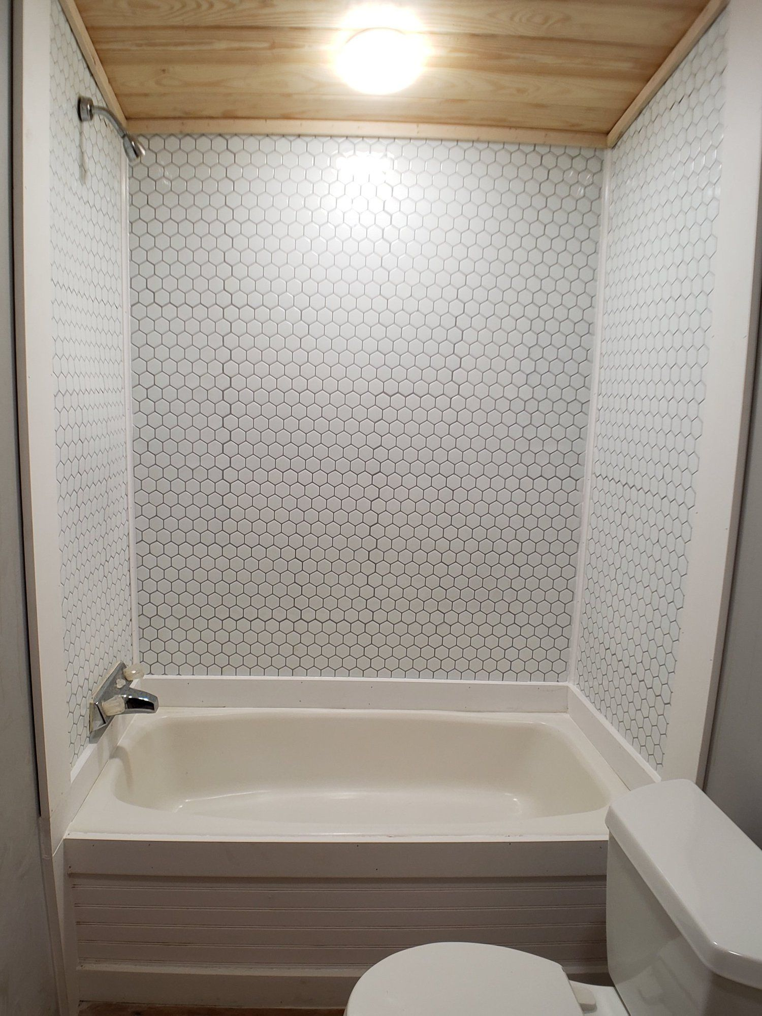 Diy Peel And Stick Tile Shower Peel And Stick Tile Stick On