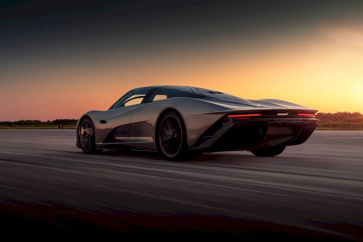 Mclaren Speedtail A Combination Of Aerodynamic Excellence And Low Vehicle Weight In 2020 Fastest Production Cars Bugatti Veyron Super Sport Mclaren