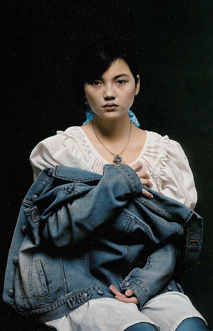 Artist Leng Jun 冷军 {contemporary realism art asian female