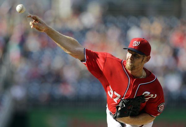 Nats win on Strasburg's 1st career complete game