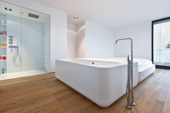 holzfußboden im bad badezimmer glas dusche badewanne General Wille - badezimmer badewanne dusche