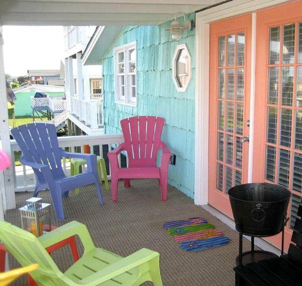 updating a 1950s beach house in north carolina - Beach House Design 1950s