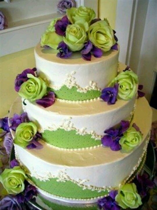Green Roses Purple Flowers Wedding Cake Green Wedding Cake