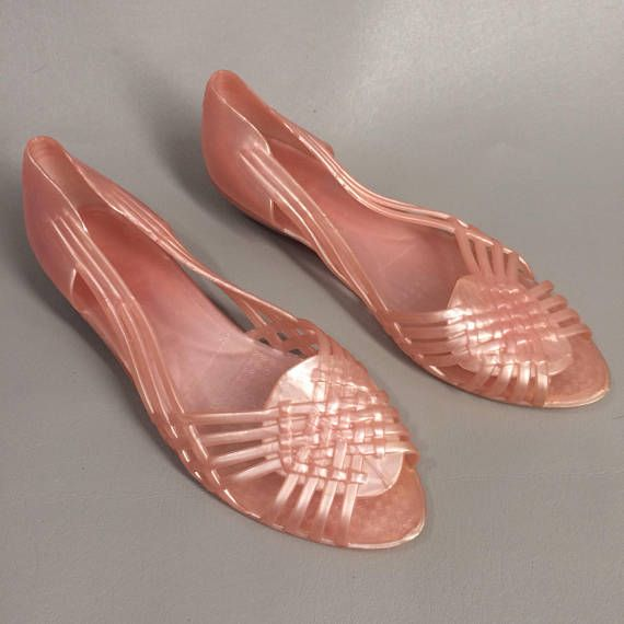 860886886984f $34.00 Vintage 80s Pink Jelly Shoes. Rubber Woven Huaraches. Plastic ...