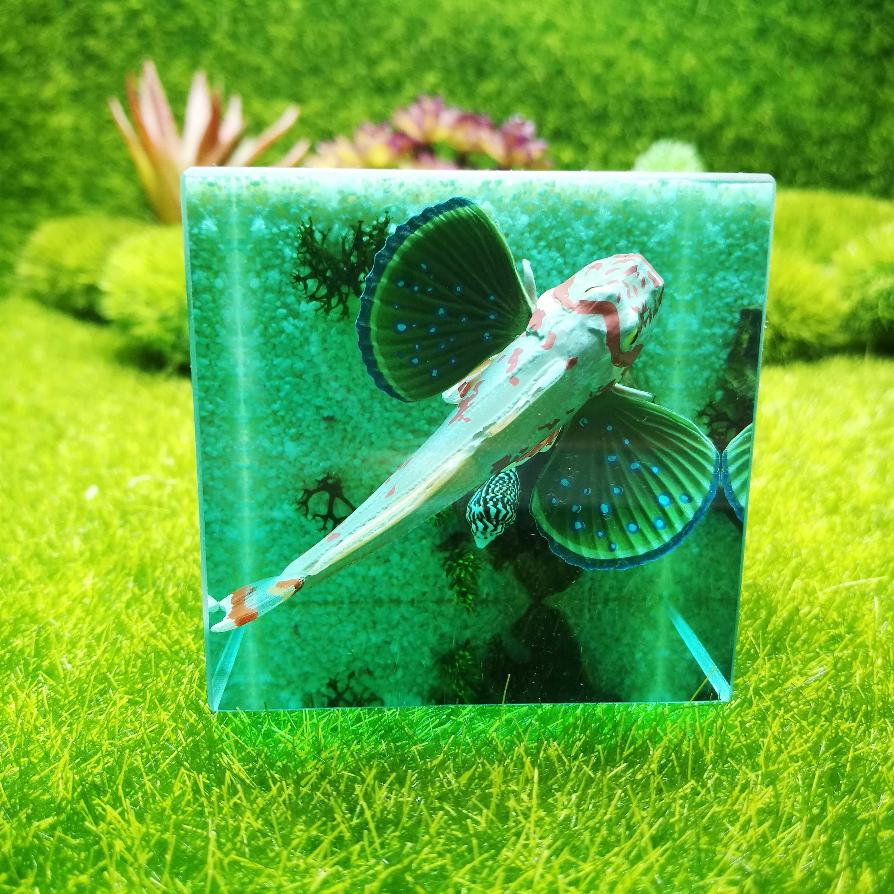 Jellyfish resin paperweight resin diorama crystal