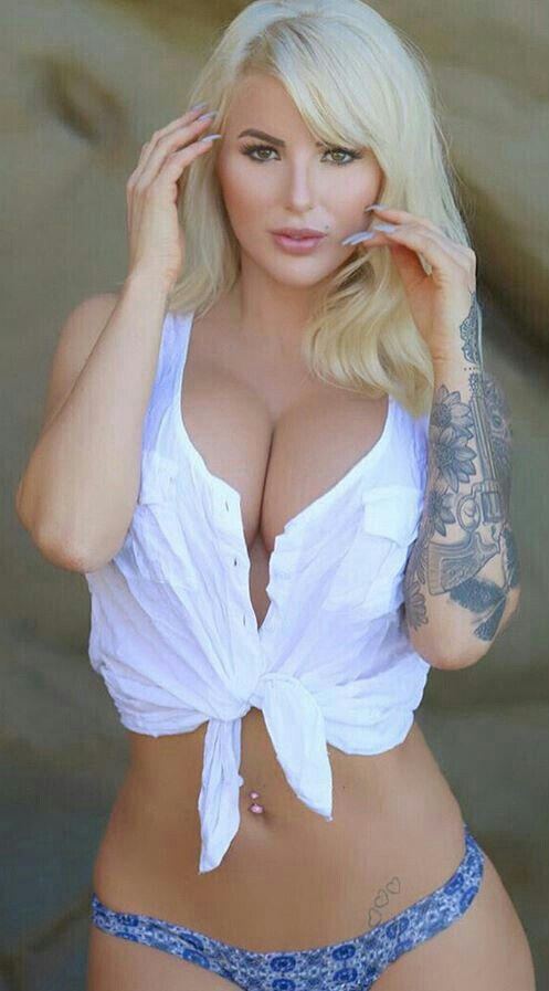 Latina porn star mia lina