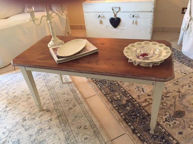 Acquista online il tavolino quadrato NEW VINTAGE WHITE di