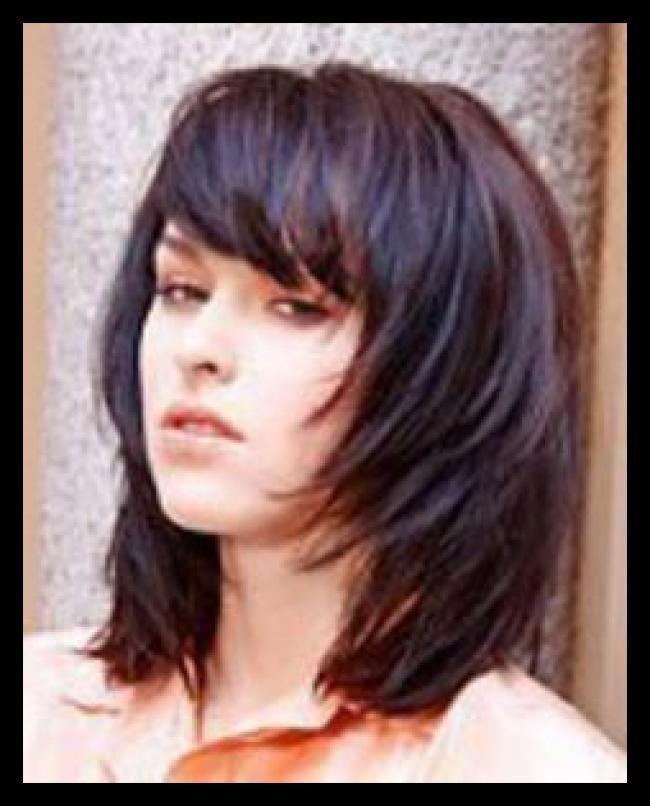 Frisuren Mittellanges Haar Haarschnitte Und Frisuren Trends 2019 Frisuren Gestuft Haar Haa Frisuren Haarschnitte Lange Haare Frisuren Mittellanges Haar