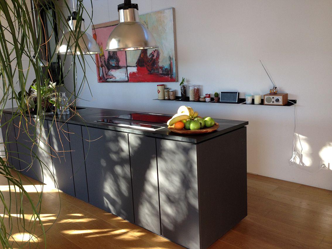 tag re murale design blanc invisible et en m tal l45 cm par 4 kitchen shelves home. Black Bedroom Furniture Sets. Home Design Ideas