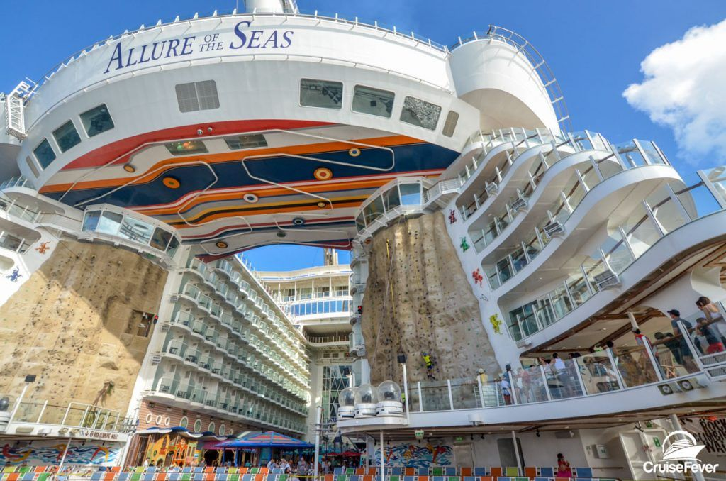 5 Reasons To Use A Cruise Travel Agent To Book Your Next