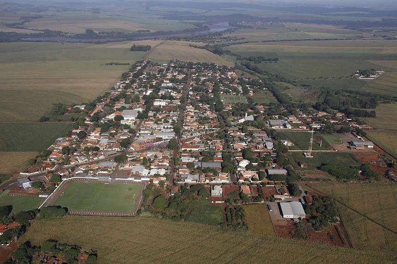 Ivatuba, Paraná, Brasil - pop 3.180 (2014)