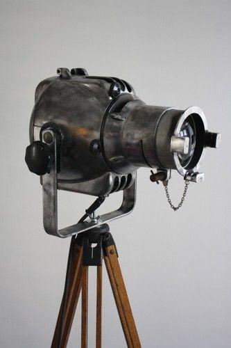VINTAGE 60s INDUSTRIAL TRIPOD THEATRE STRAND 23 LIGHT LAMP