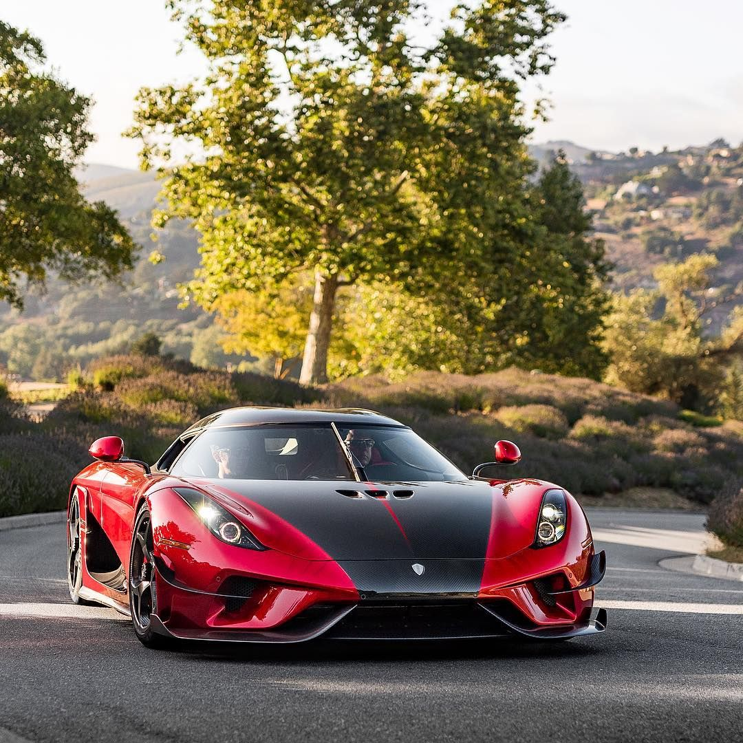 Kownifsegg Sport: Koenigsegg, Sports Cars Luxury, Sports Car