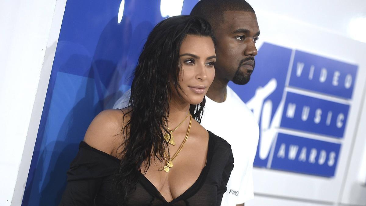 Zurück in den It-Girl-Alltag: Kim Kardashian traut sich wieder raus