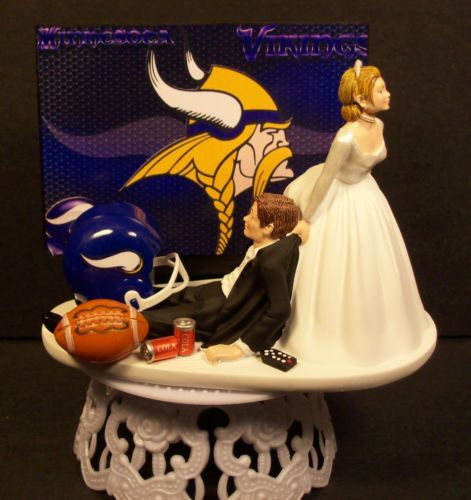 football wedding cake ideas minnesota vikings football wedding cake topper sports 14398
