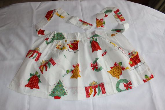 Vintage MidCentury Christmas Apron. by GRCBooks on Etsy
