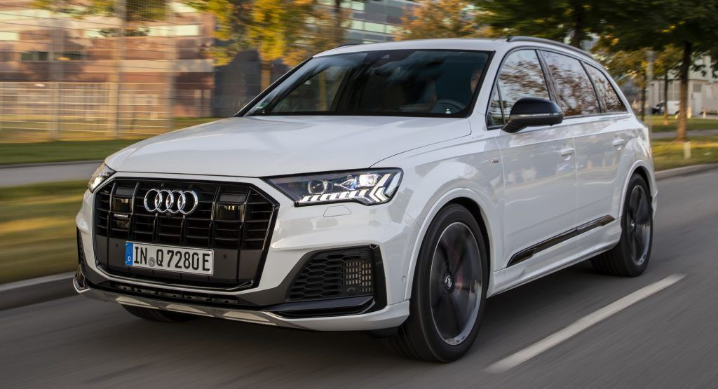 Audi Plugs Q7 Into A New Era With Up To 450 Hp And Up To 27 Miles Of Ev Range In 2020 Audi Audi Q7 Audi Cars