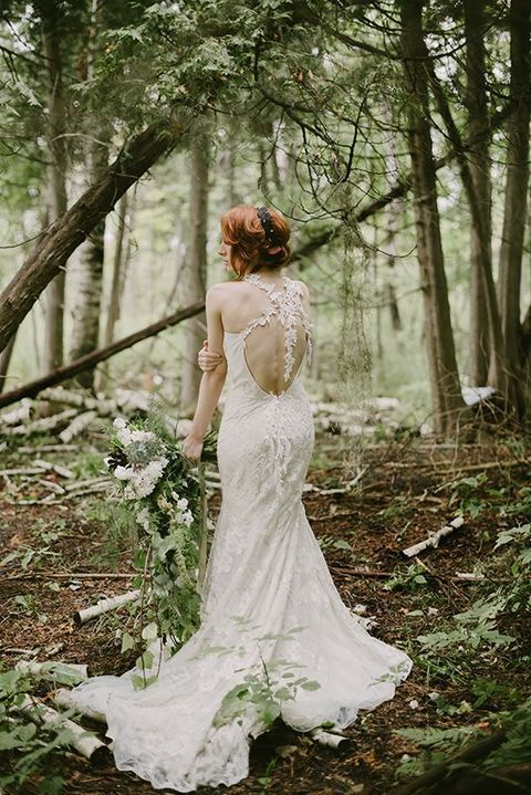 a91d14bebb93 I must admit that enchanted forest weddings are one of my favorite themes  because they are so fairy-tale and mystique! Full of moss
